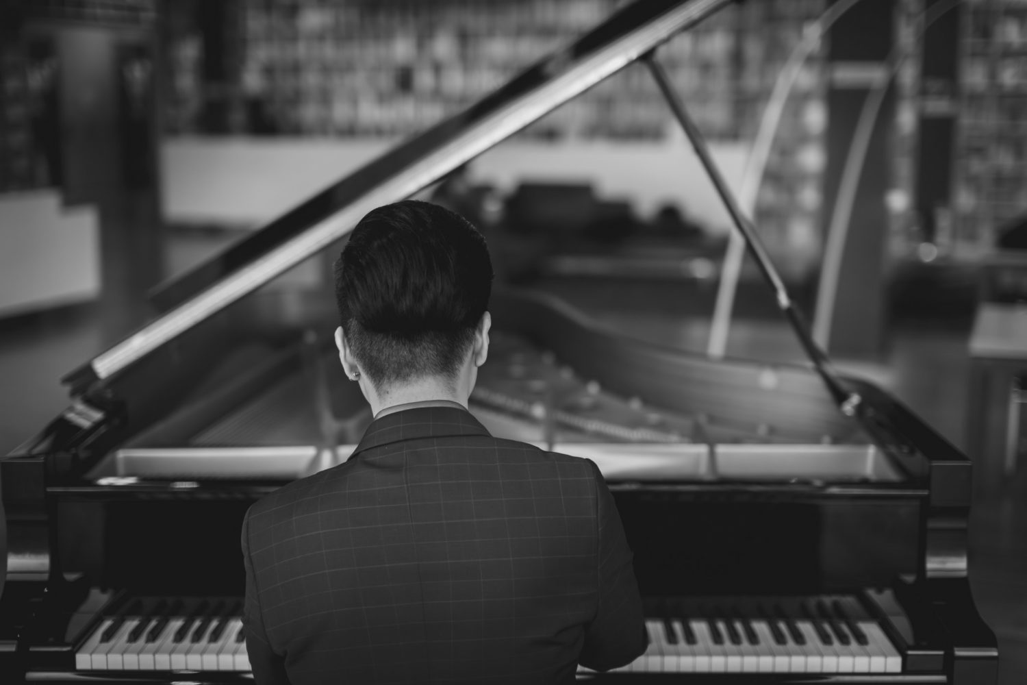 Dolce Italia Photography Artist Pianist Photo Shoot Session_17