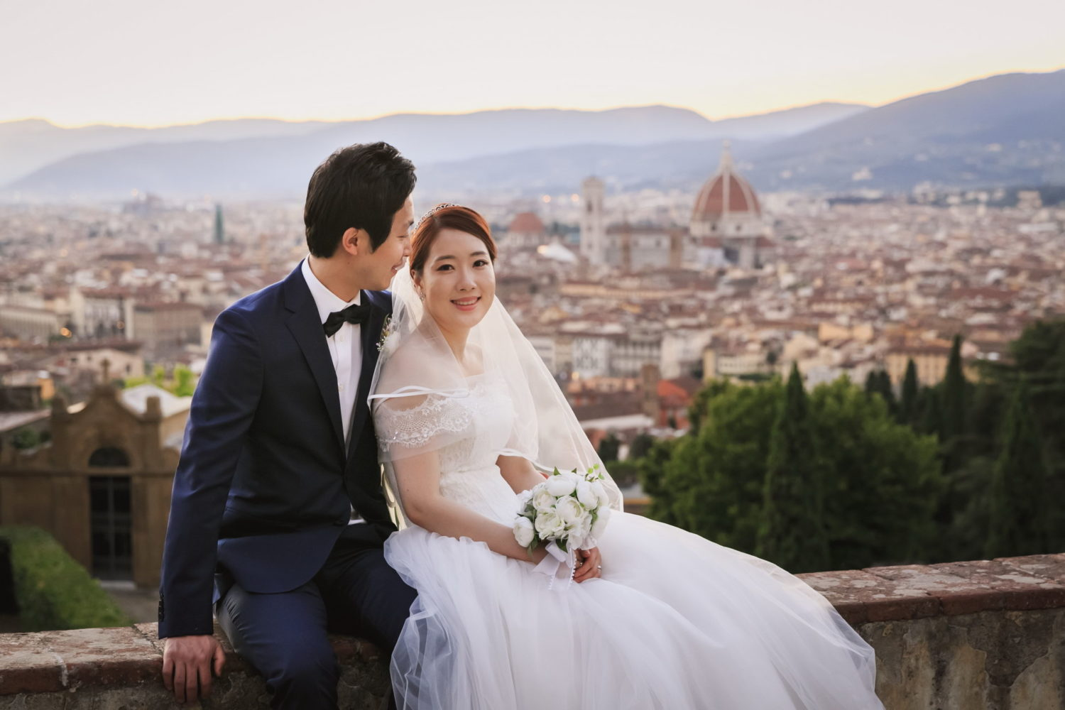 Dolce Italia Firenze Engagement Honeymoon Wedding Photo Shoot